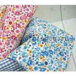 Ткань для печворка и рукоделия Мелкие цветы и розы. Голубая