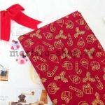 Ткань из коллекции Подарки Санты: Подарки красная
