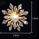 Серединка для бантика Цветок стразы+жемчуг 16мм 1 шт.