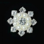 Серединка для бантика Цветок жемчуг+стразы серебро 1 шт.