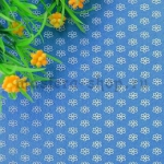 Фетр в цветочек. Синий